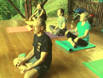 A picture of a Kriya Yoga Theory Session used to represent Kriya Yoga Teacher Training.